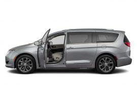 Lease 2020 Chrysler Pacifica Gallery 0