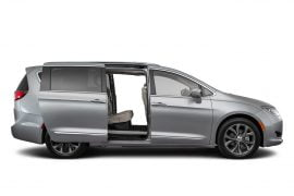 Lease 2020 Chrysler Pacifica Gallery 1