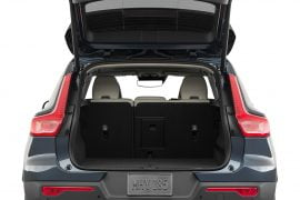 Lease 2021 Volvo XC40 Gallery 2